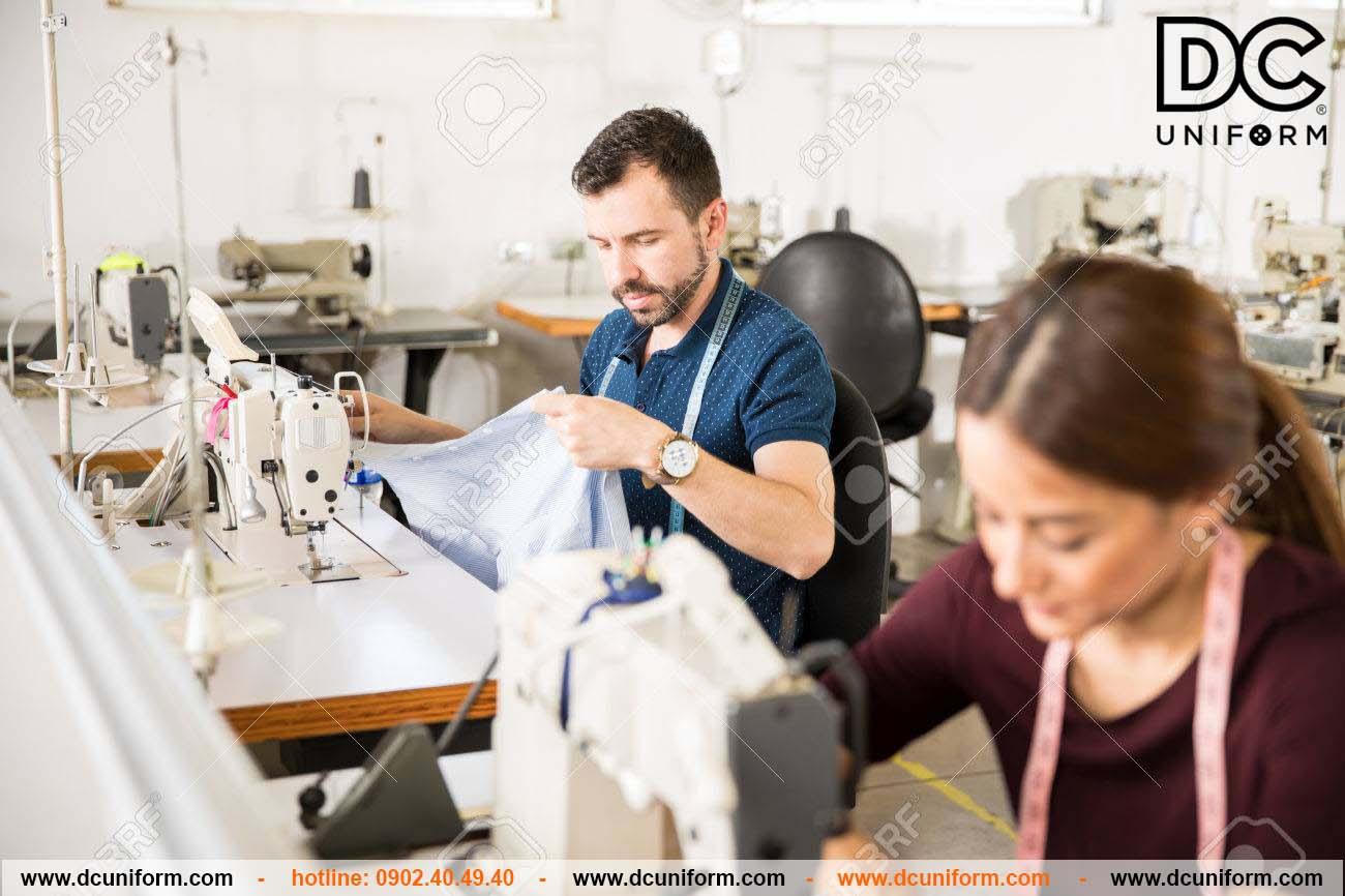 DCUniform - Tiến hành sản xuất may mẫu sản phẩm thử nghiệm